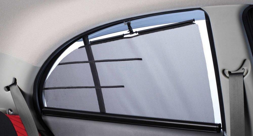 ПДД и штраф за шторки на окнах автомобиля