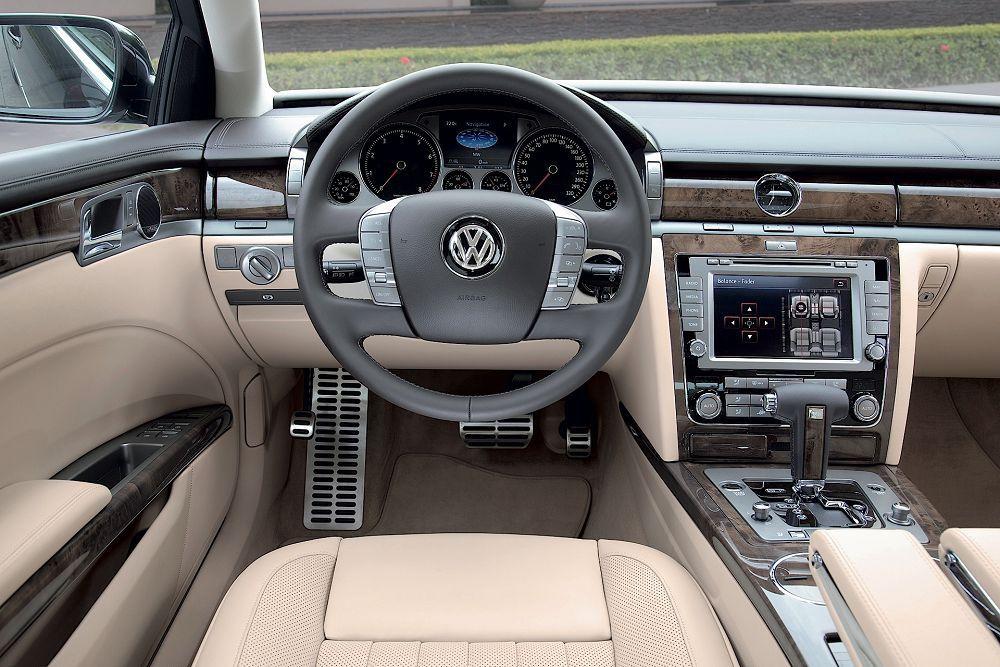 Салон Volkswagen Phaeton 2019