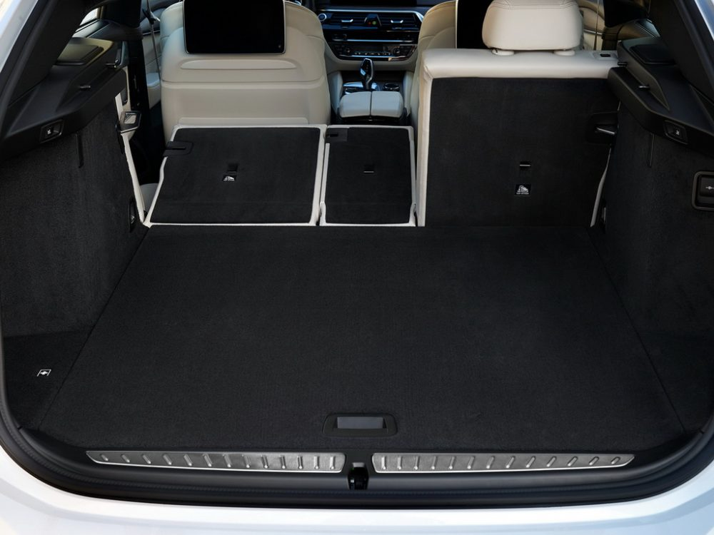 Багажник нового БМВ 6 серии