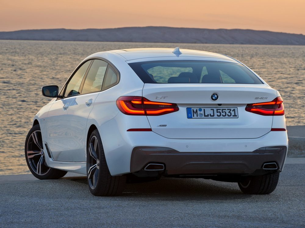 Дизайн кормы BMW 6-series Gran Turismo 2017-2018