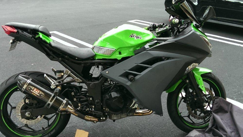 лучший спортивный мотоцикл Kawasaki Ninja 300