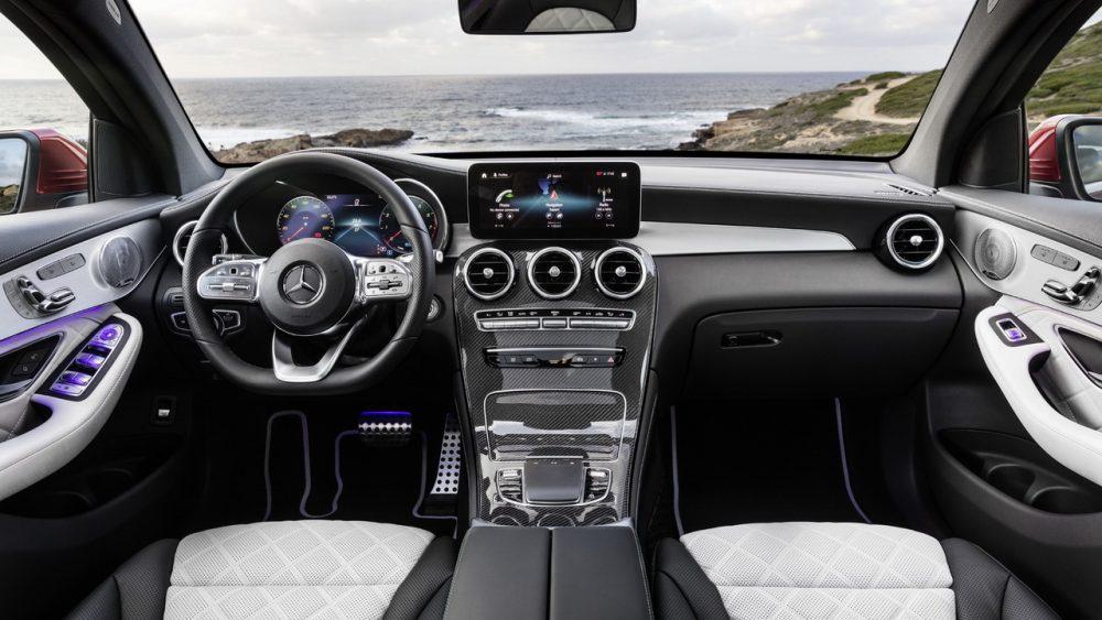 Салон нового Mercedes GLC Coupe