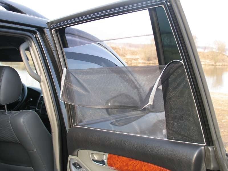 сетки на стекла авто
